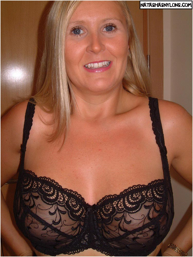 Hot milf pictures big blonde