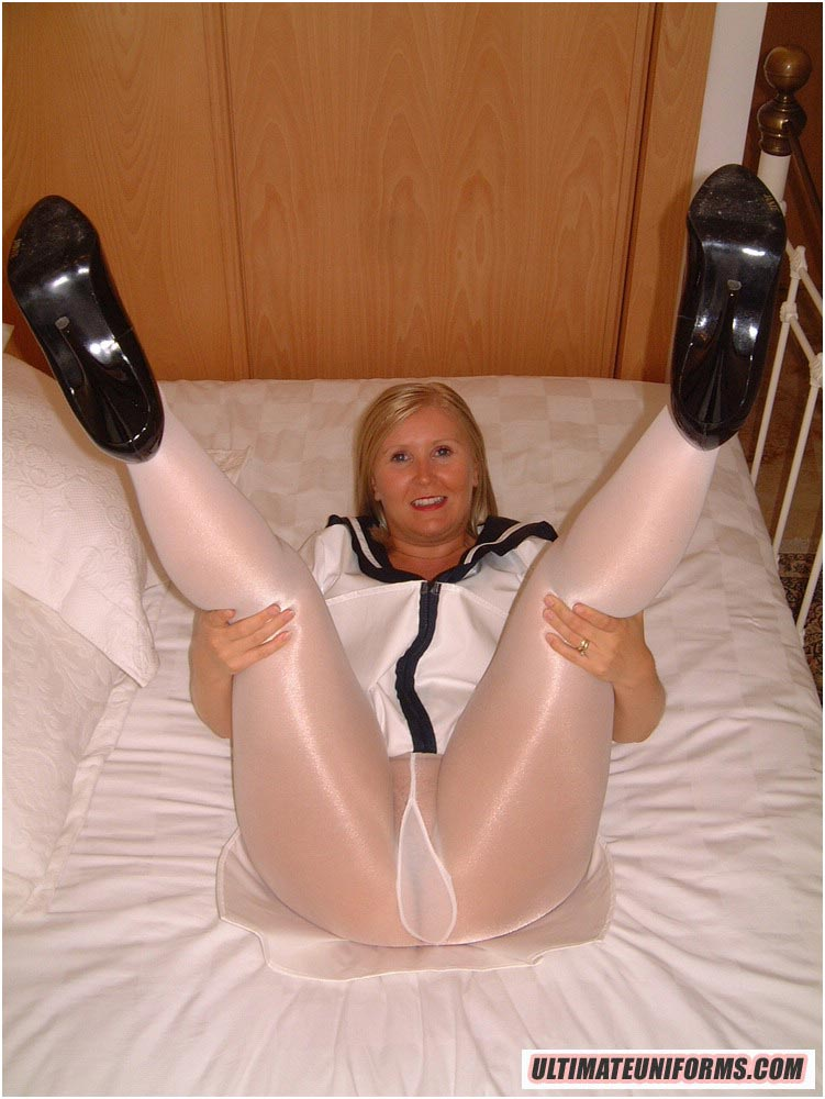 In mature pics ladies pantyhose Wide World