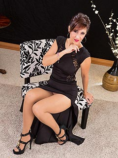 The party is over and it is time for classy MILF to reveal herself ...