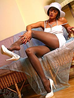 Wealthy wife is living her life of leasure entertaining herself by seducing men with slutty up-skirts