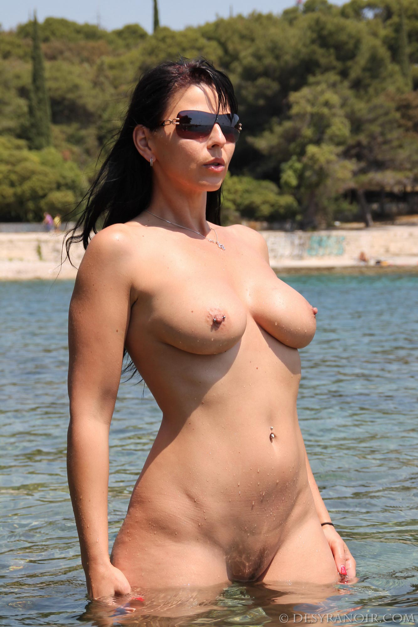 Curvy sexy bodies perfect breasts photos