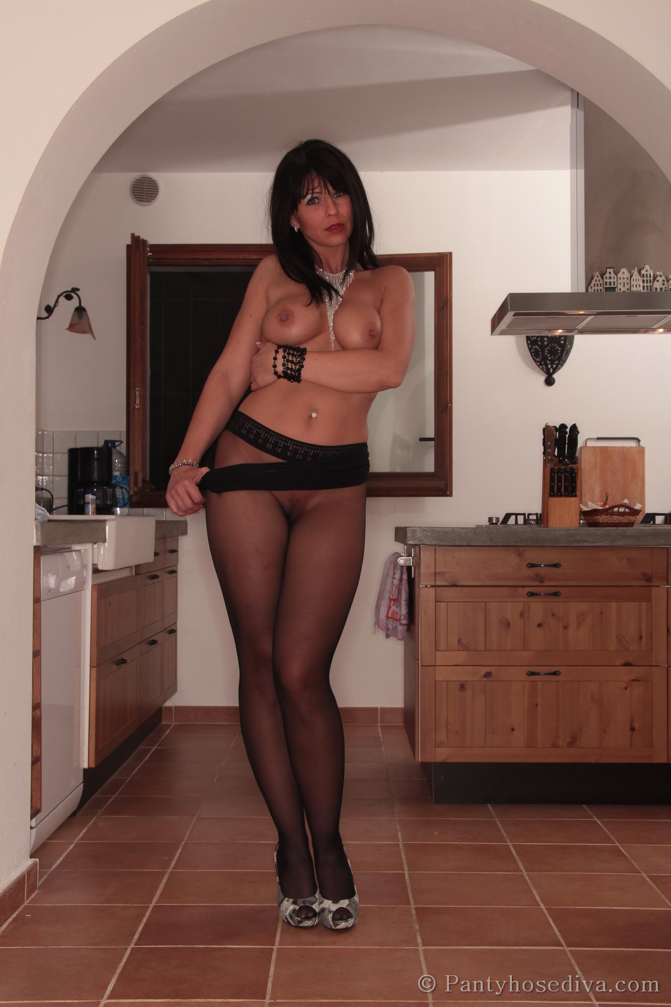 Amateure porn real hot housewife